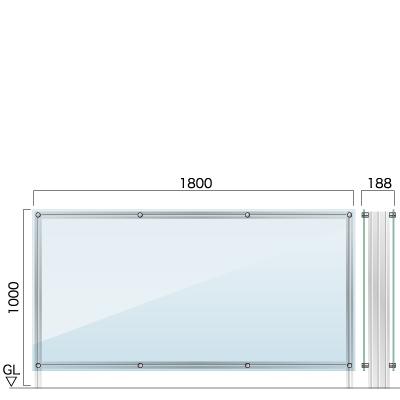 横1800㎜×縦1000㎜×奥行188㎜のクリアな素材の看板