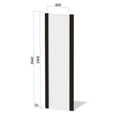 横600㎜×高さ2440㎜のダークブロンズ色のフレームの看板