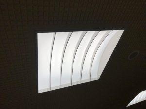 天井照明設置完了